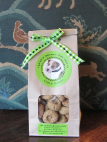 Apple organic dog treats, no chemicals, gluten free, grain free