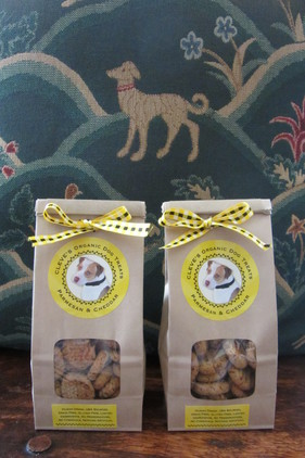 Parmasan, Cheddar dog organic dog treats, gluten free, no preservatives